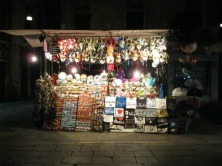 Vendedores de souvenires em todo o lado
