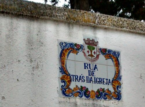 Trás da Igreja